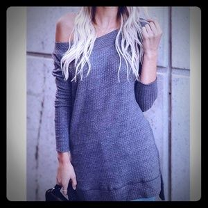 SUPER CUTE OFF THE SHOULDER SLOUGHED SWEATER